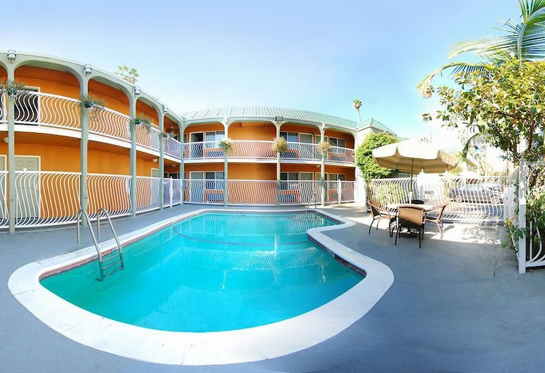 Rodeway Inn Hollywood, Los Angeles, Piscina all'aperto