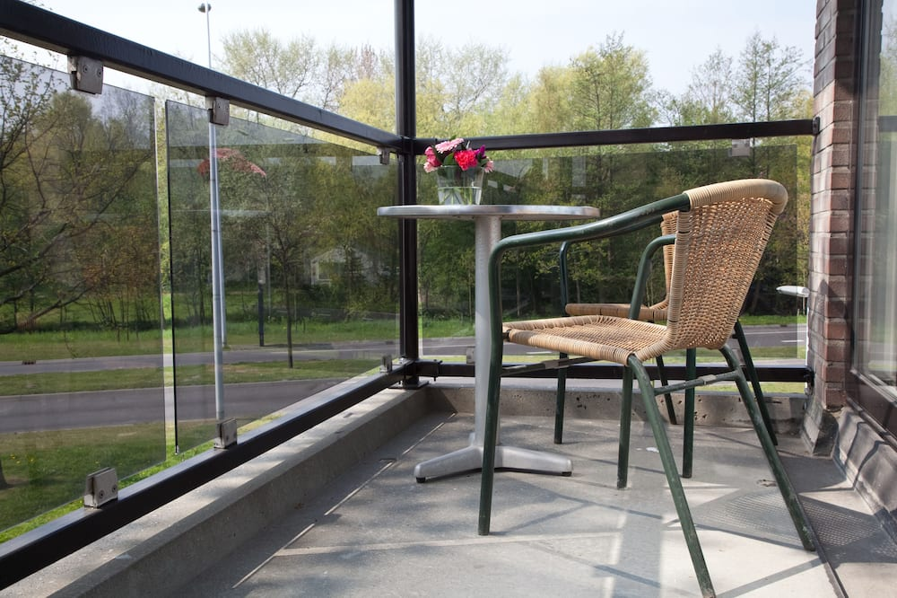Comfort Room, Balcony (single use) - Balcony