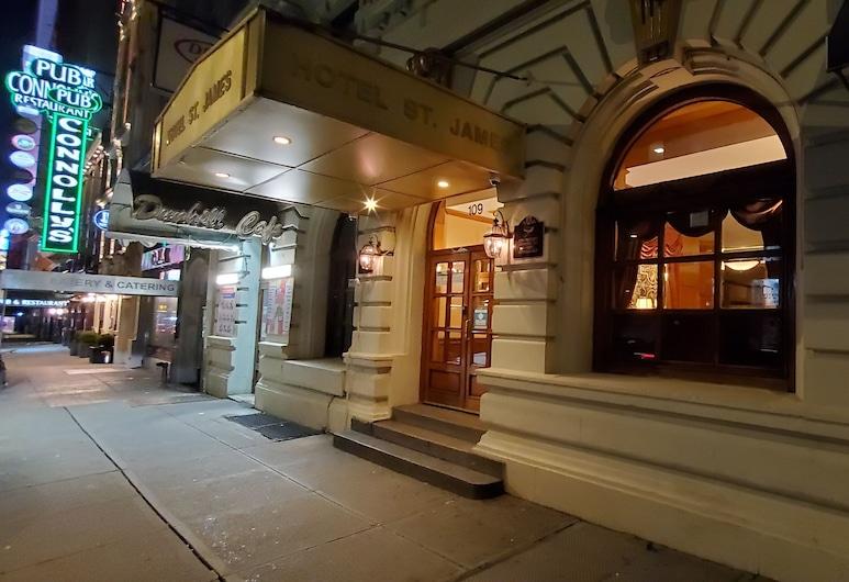 Hotel St. James, New York