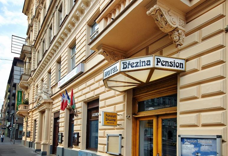 Pension Brezina Prague, Praha, Įėjimas į viešbutį