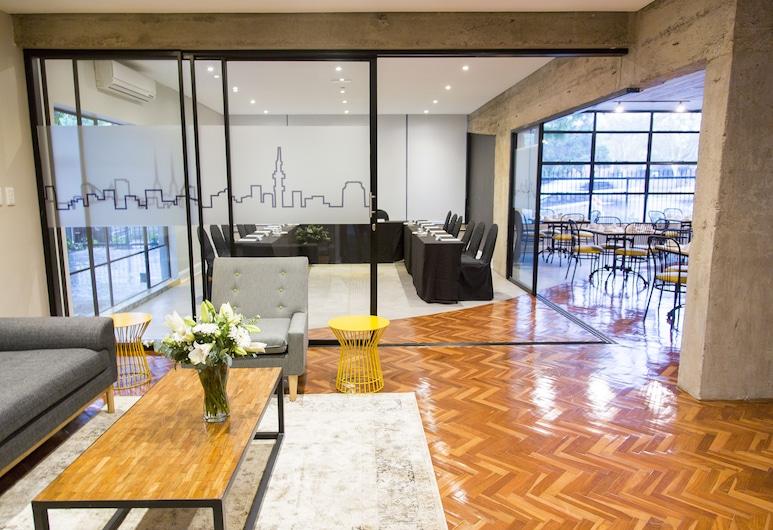 Hotel 224, Pretoria, Lobby Sitting Area
