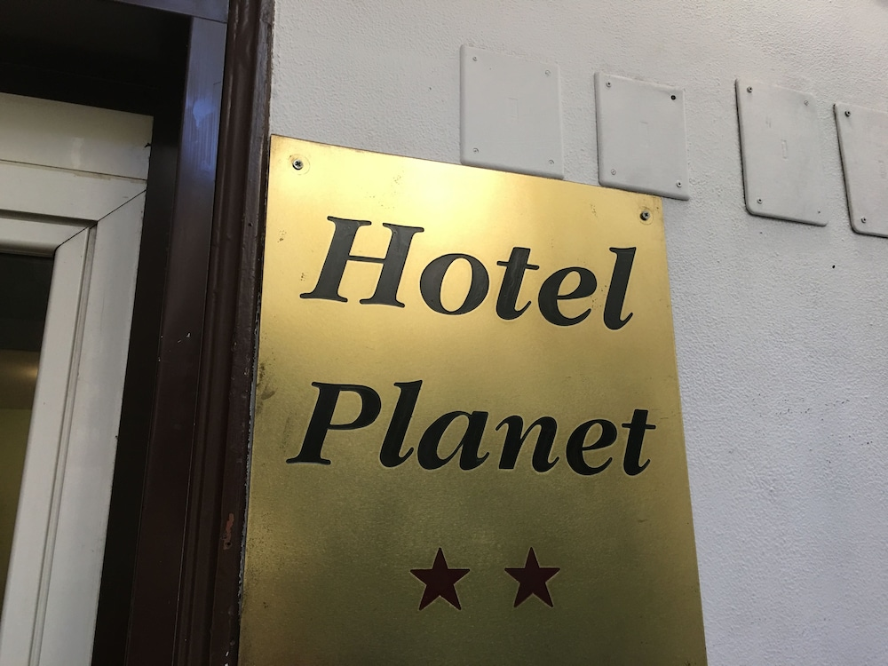 Hotel Planet, Rome