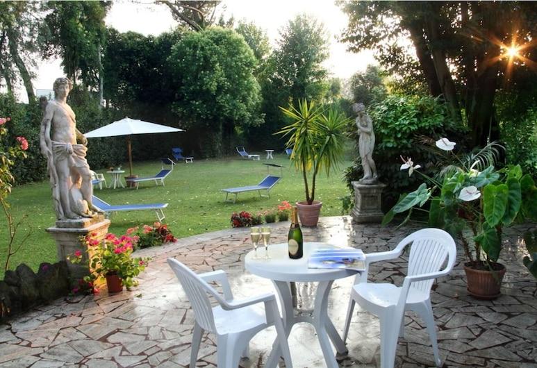 羅姆魯斯酒店, 羅馬, 花園
