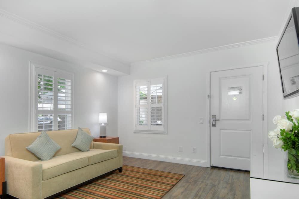 Suite, 1 très grand lit et 1 canapé-lit, non-fumeurs (Cottage) - Coin séjour