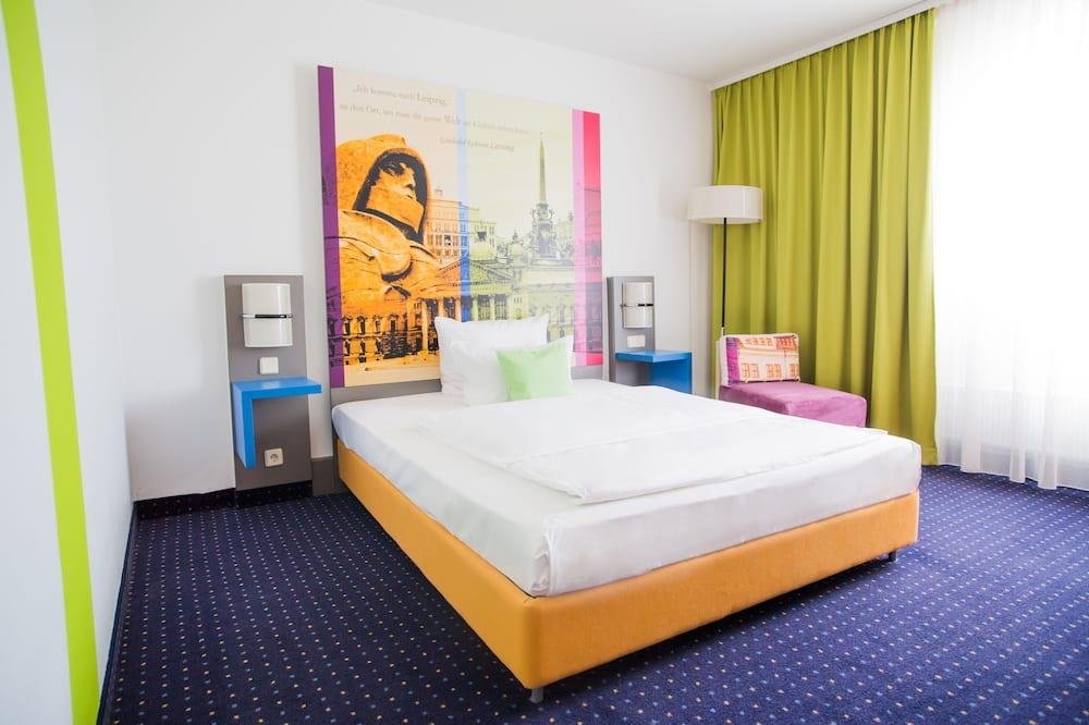 Kambarys su patogumais, 1 didelė dvigulė lova (Plus) - Svetainės zona