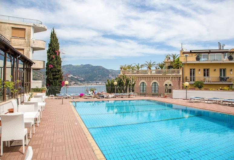 Hotel Villa Esperia, Taormina, Venkovní bazén