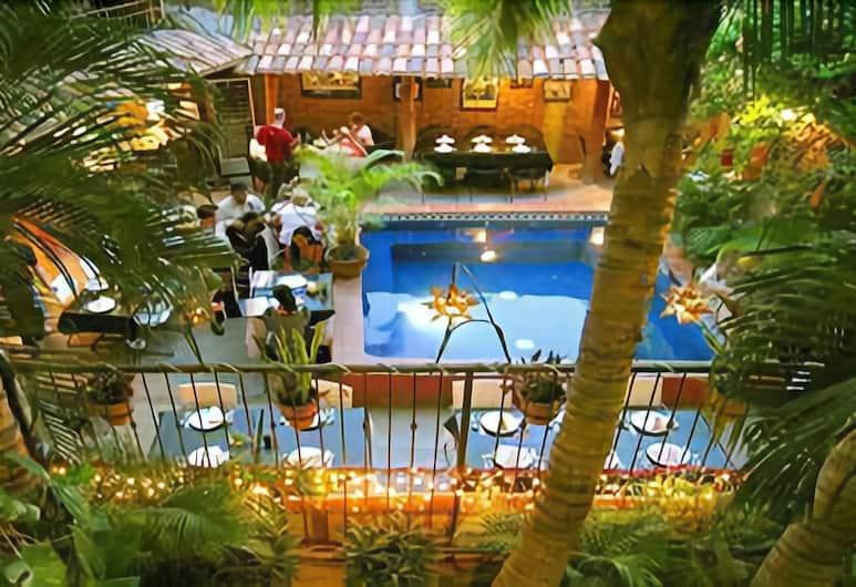 시에스타 스위트 호텔, 카보산루카스, 레스토랑