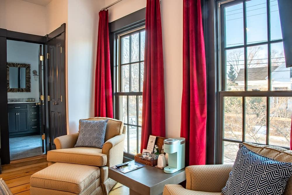 Deluxe Room (Wide Berth) - Guest Room