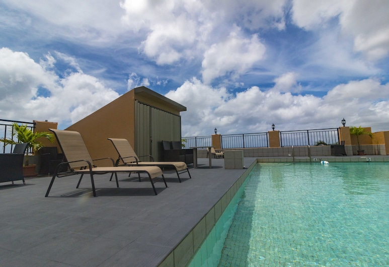 SureStay Hotel by Best Western Guam Airport South, Barrigada, Bazén na střeše