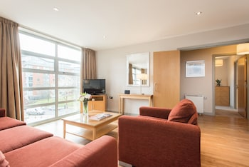 Picture of PREMIER SUITES Nottingham in Nottingham
