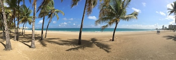 Φωτογραφία του Borinquen Beach Inn, Καρολάινα