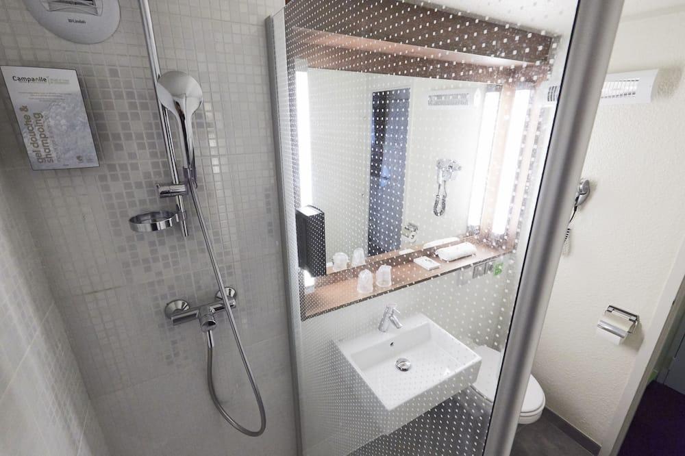 Next Generation, Room, 2 Twin Beds - Bathroom