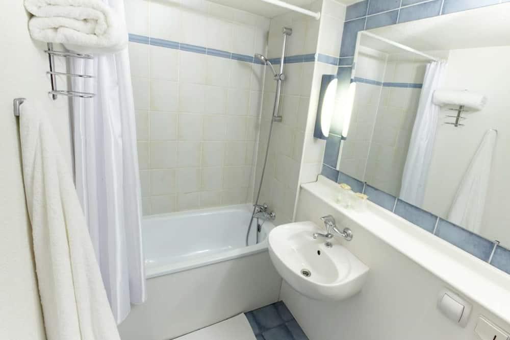 スタンダード ルーム ダブルベッド 1 台 - 客室