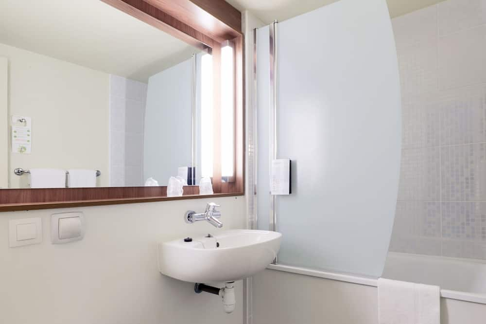 1 double bed-Room Next Generation - Kamar mandi