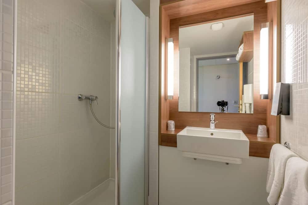 Superior Room, 1 Double Bed (1 Junior Bed up to 10 years) - Bathroom