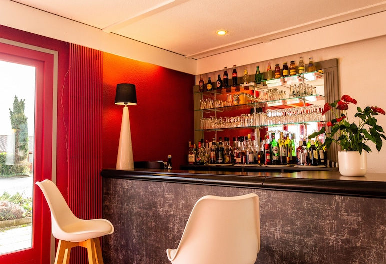 initial by balladins La Roche-sur-Yon, La Roche-sur-Yon, Hotel Bar
