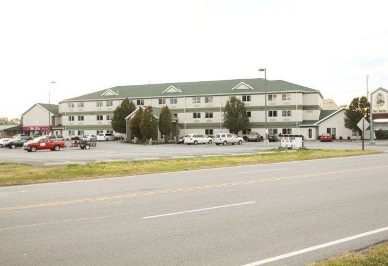 Commodore Perry Inn and Suites, Port Clinton