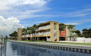 Picture of Legacy Vacation Resorts-Indian Shores in Indian Shores