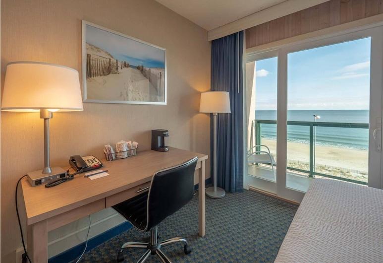 Atlantic Sands Hotel & Conference Center, Rehoboth Beach, Standardzimmer, 2Doppelbetten, Balkon, Meerseite, Strand-/Meerblick