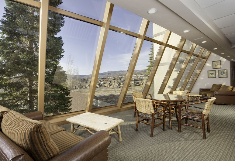 Legacy Vacation Resorts - Steamboat Hilltop, Steamboat Springs, Sitzecke in der Lobby
