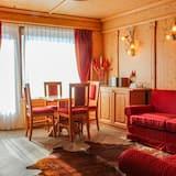 Suite (King of Spain) - Living Room