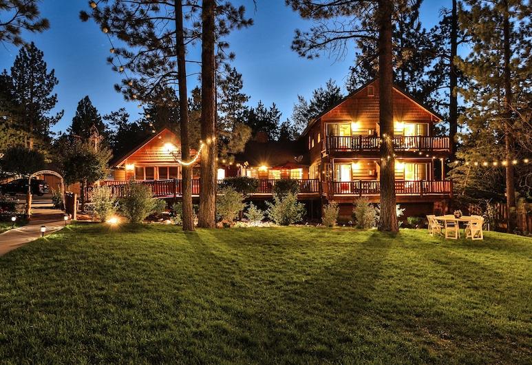 山笛民宿旅館, 大熊湖