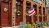 Choose This Business Hotel in Galena -  - Online Room Reservations