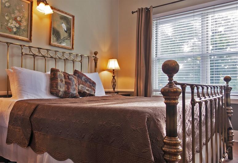 Cinnamon Bear Creekside Inn, Sonoma, Room, 1 King Bed (Veloso), Zimmer