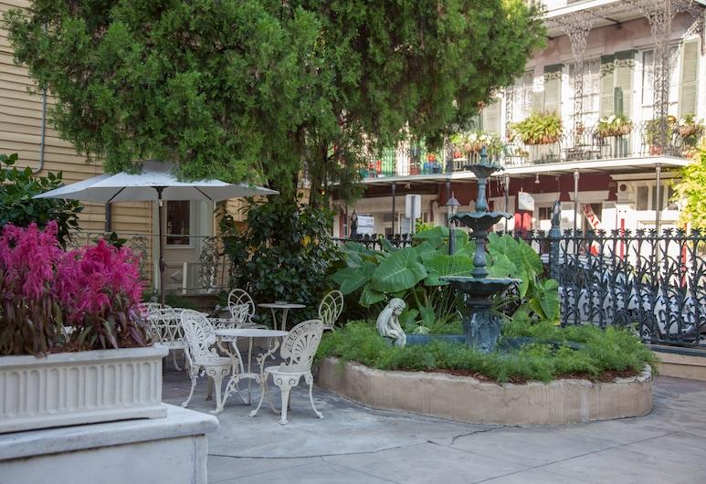 The Cornstalk Hotel, New Orleans, Terrasse/veranda