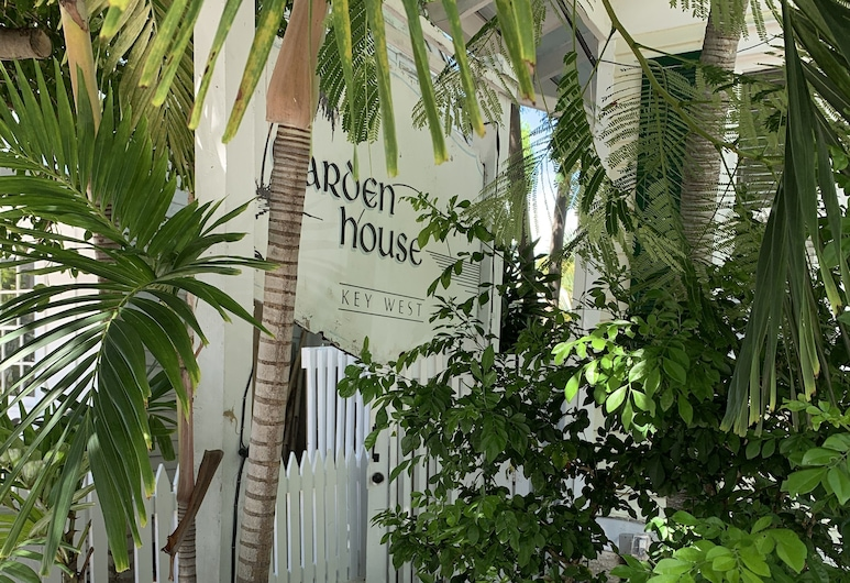The Garden House, Key West, Hotel Front