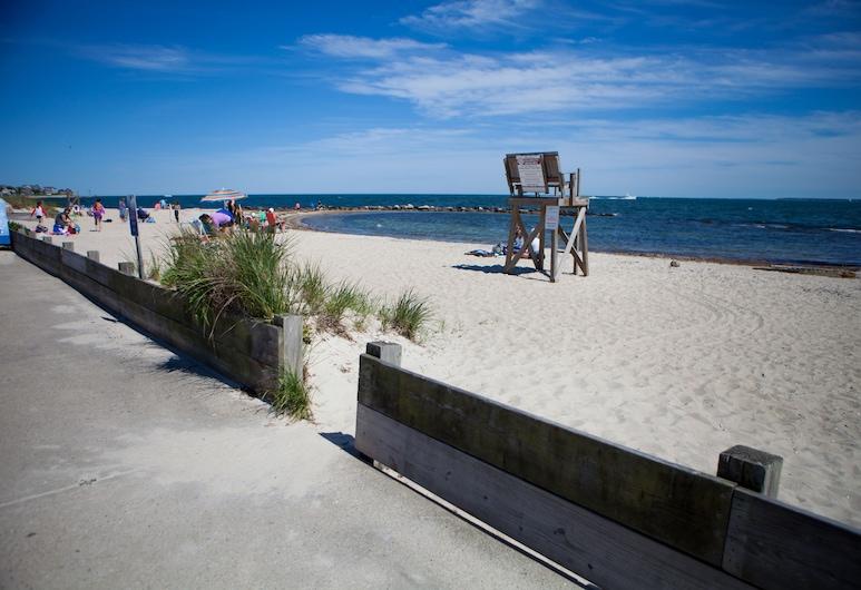 Beachside Village Resort, a VRI resort, Falmouth, Praia