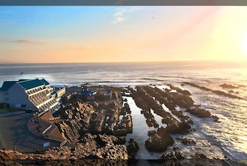 Picture of The Point Hotel in Mossel Bay
