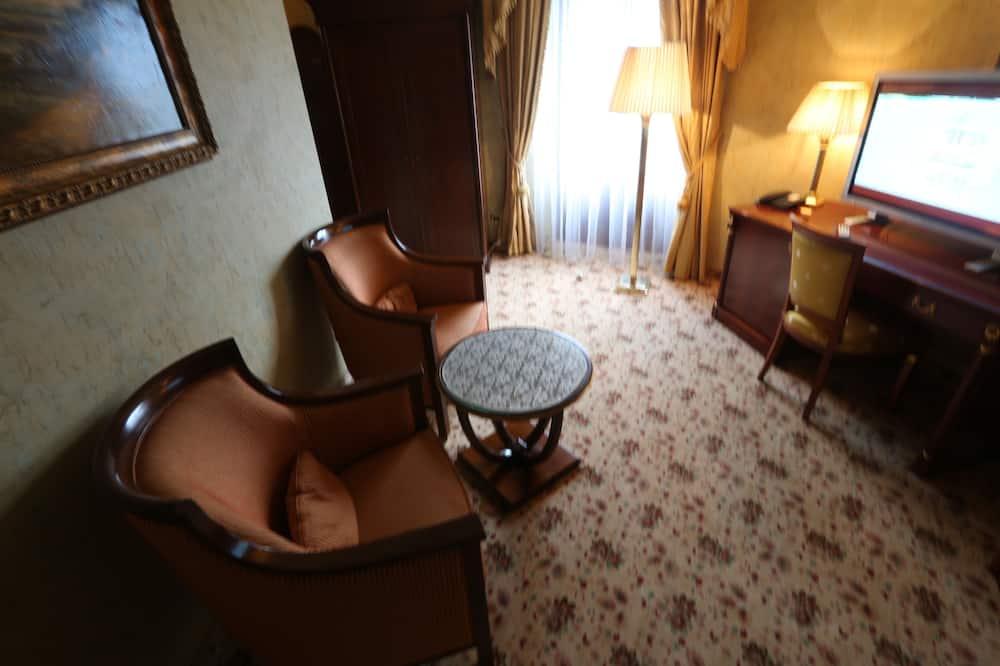 ห้องสวีท (Luxor) - พื้นที่นั่งเล่น