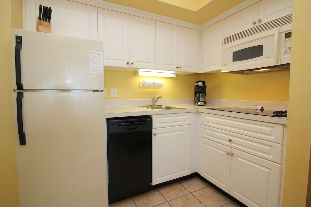 ocean sands resort virginia beach luxury suite 1 bedroom in room - Cheap Hotels In Virginia Beach With Kitchenette