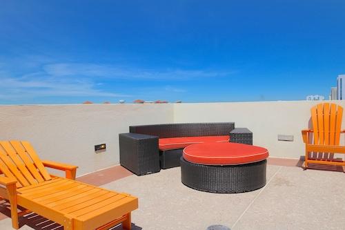 海洋沙灘度假公寓飯店
