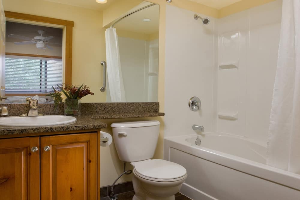 Standard Loft, 2 Bedrooms, Kitchen - Bathroom