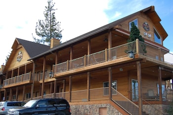 Picture of Robinhood Resort in Big Bear Lake
