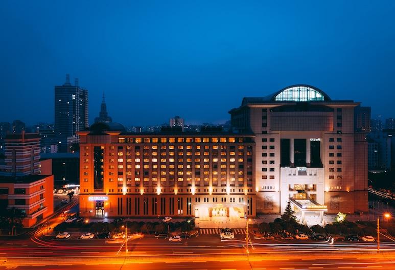 広安門グランド メトロパーク ホテル北京 (北京广安门维景国际大酒店), 北京, ホテルのフロント