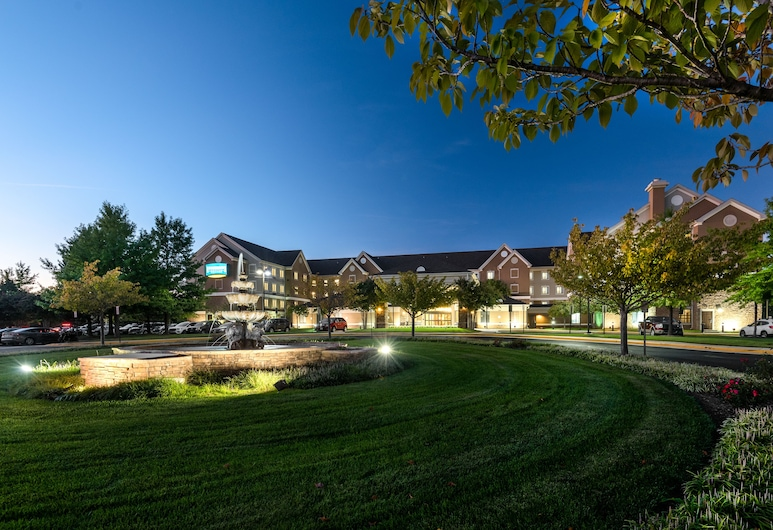 Staybridge Suites Chantilly - Dulles Airport, Chantilly