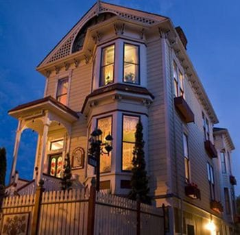 Picture of Humboldt House B&B in Victoria