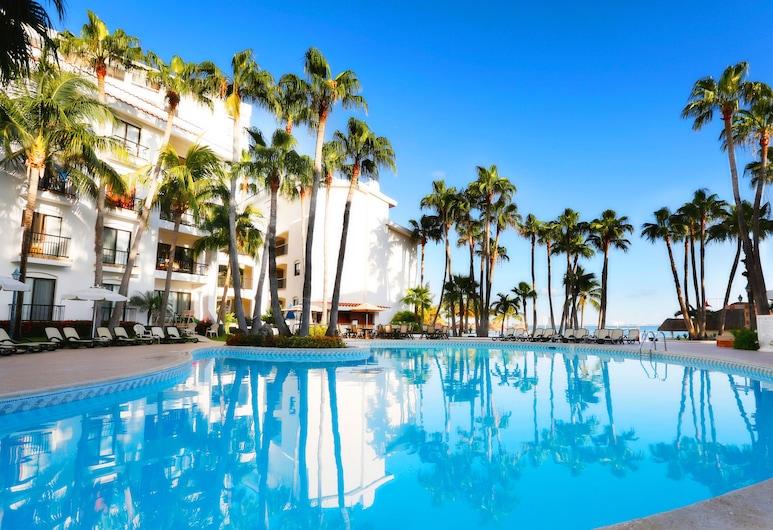 The Royal Cancun All Villas Resort, Cancún, Pool