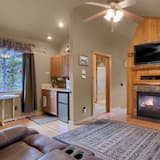 Luksus-suite - 1 kingsize-seng - boblebad - bjergudsigt - Opholdsområde