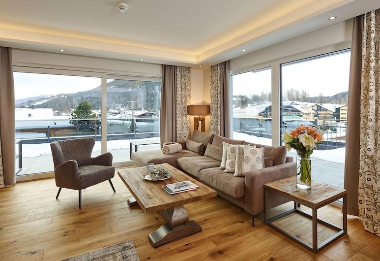 A-VITA Viktoria & A-VITA Living Luxury Appartements, Seefeld au Tyrol, Penthouse (32-Living-incl. Cleaning Fee € 75), Coin séjour
