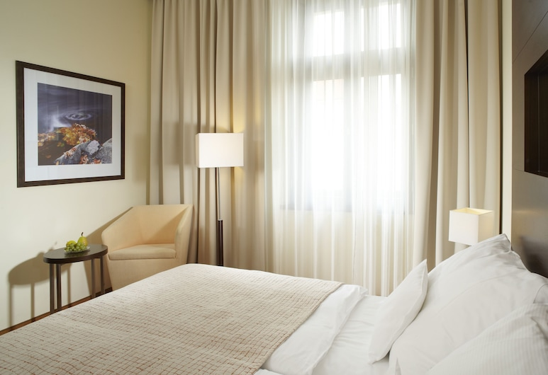 Clarion Hotel Prague City, Prague, Superior Room, 2 Twin Beds, Guest Room