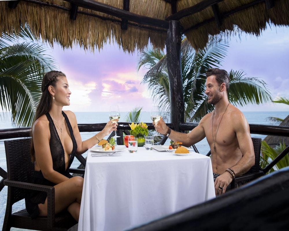 Hidden Beach Resort Au Naturel Club Gourmet All Inclusive Kantenah Info Photos Reviews Book At Hotels