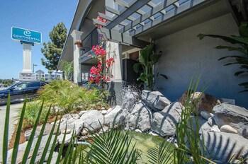Foto av Continental Inn i Santa Cruz