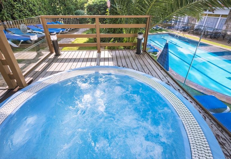 Hotel GHT Neptuno, Тосса-Де-Мар, Спа-ванна під відкритим небом
