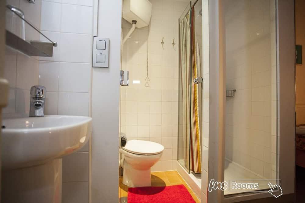 Ühetuba, omaette vannitoaga - Vannituba