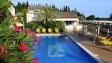 Book this Parking available Hotel in Biot