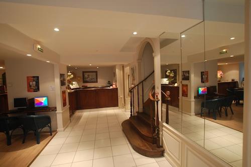 布列塔尼安妮酒店/